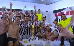 """Buffon saluta la Juve con l'ennesimo trofeo: """"E' stata un'esperienza stupenda, battuta la squadra dal gioco più bello"""""""